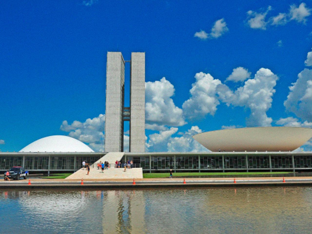 Congelamento salarial de servidores: congressistas articulam derrubar veto de Bolsonaro