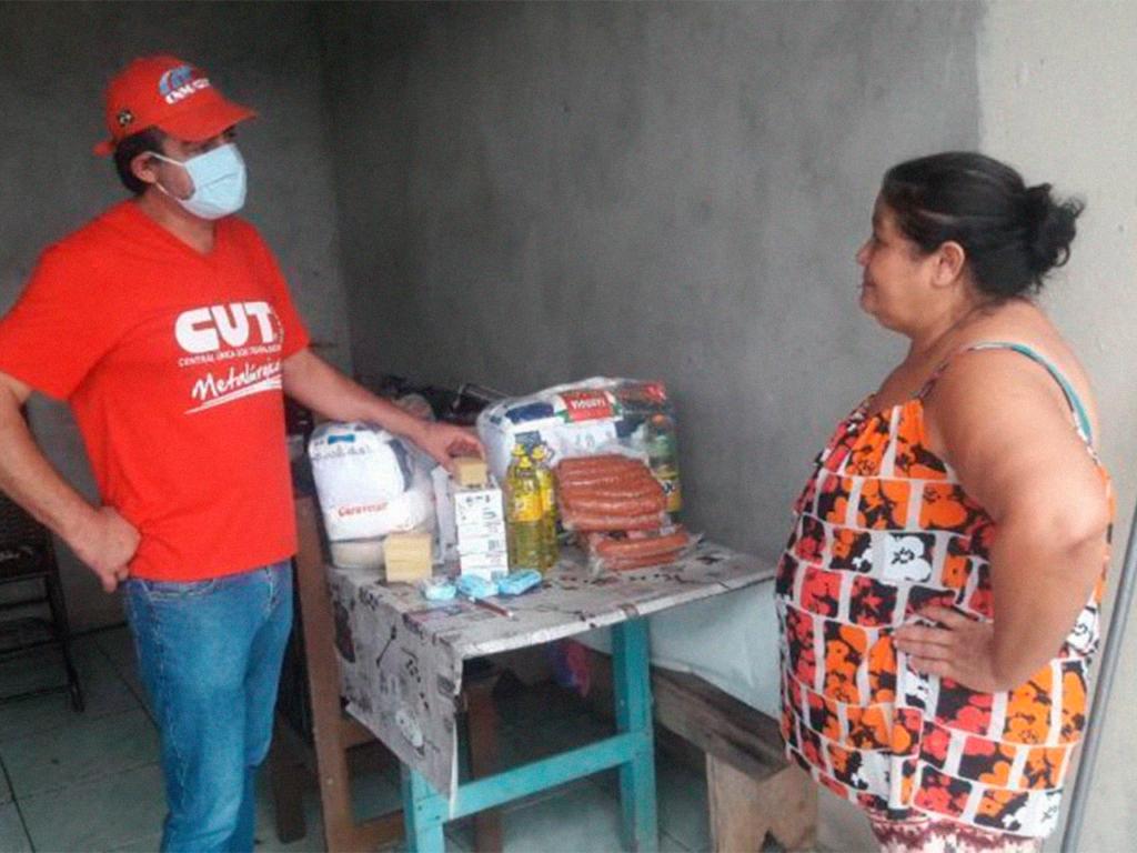 Sindicatos ligados a CUT/SC promovem ações de solidariedade